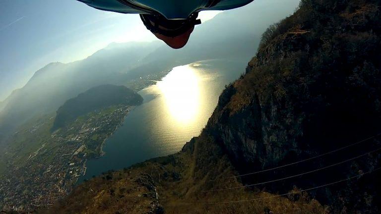 Relaxing Wingsuit Flying
